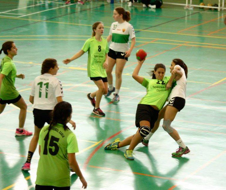 Las infantiles del CH Xabia durante un partido