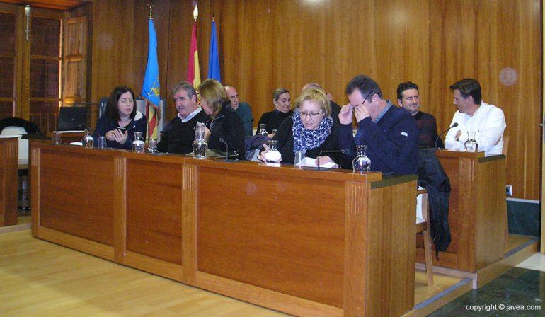 Concejales en el pleno de Xàbia