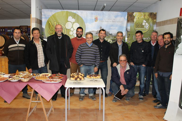 Participantes en el acto de presentación del proyecto DOC Moscatel