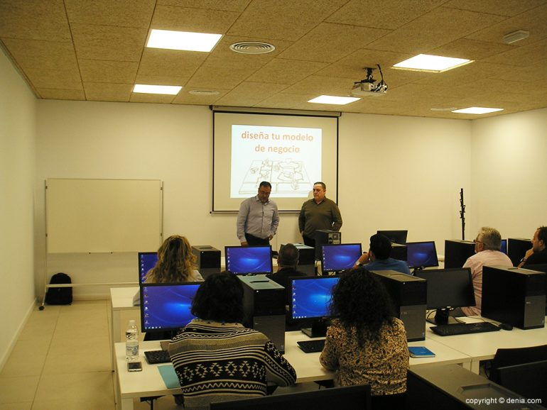 Alumnos participanes en el Programa Emprede Aventura