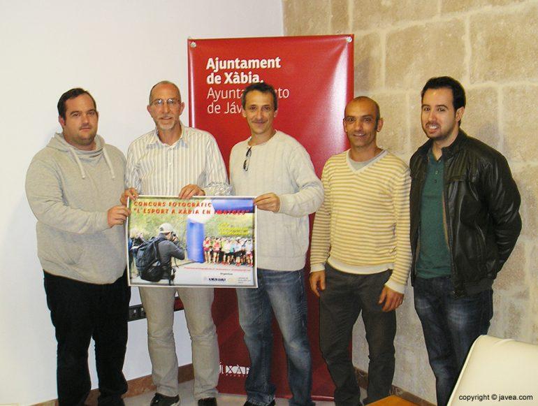 Vicent Colomer junto a miembros de AFX
