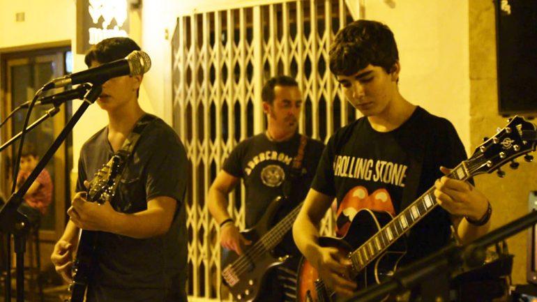 """Grupo  de música """"Donat La Nota"""""""