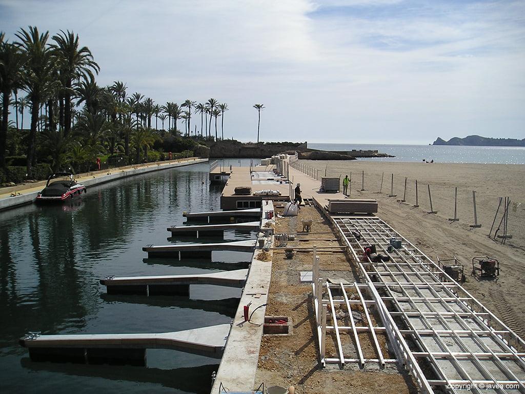 Obras en la zona del mar del Canal de La Fontana