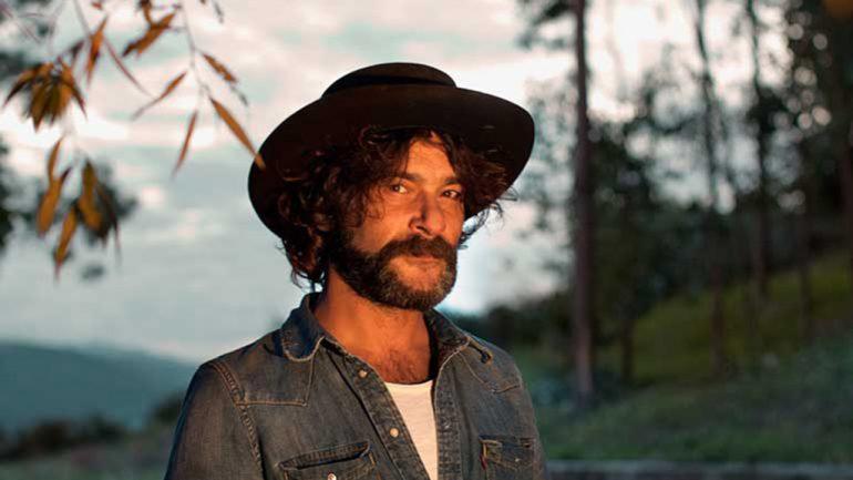 Quique Gonzalez que actuará en el Montgorock Festival