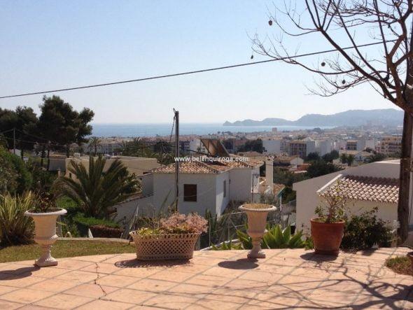 Vistas al mar desde la villa Belen Quiroga