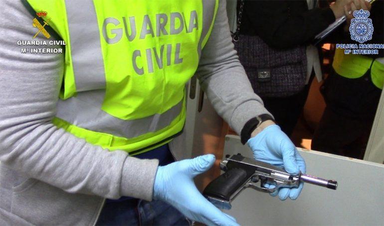 Arma resquisada por la Guardia Civil