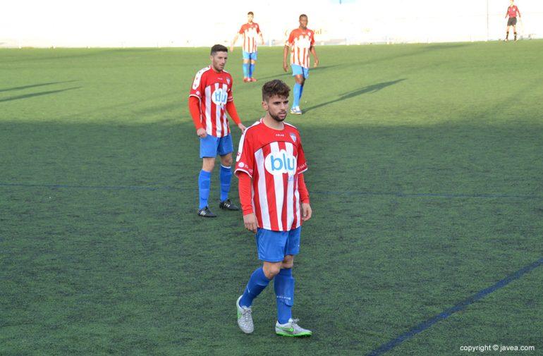 Linea defensiva del CD Jávea durante un partido
