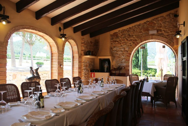 Mesa de Restaurante Vall de Cavall