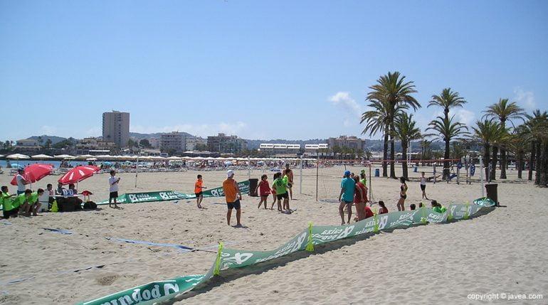Playa del Arenal en junio