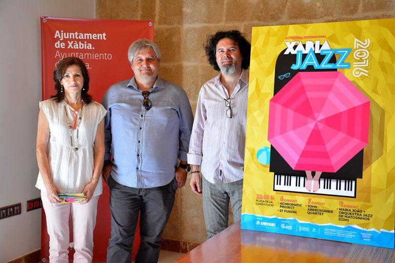 Moragues y Kiko Berenguer presentando el Xàbia Jazz