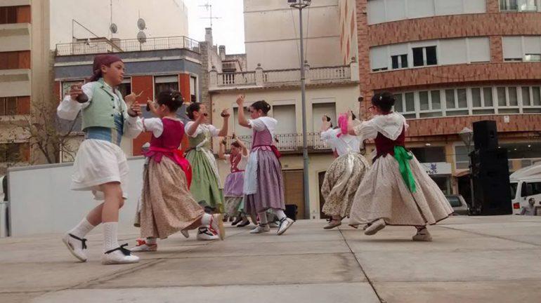 Jóvenes del Grup de danses Morro Falquí