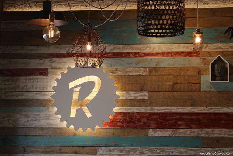Logo pared El Raconet