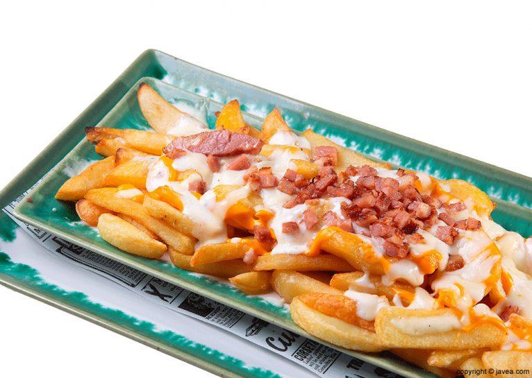Patatas con bacon El Raconet