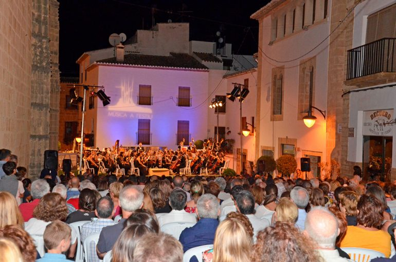 Público de Música a l'estiu a Xàbia