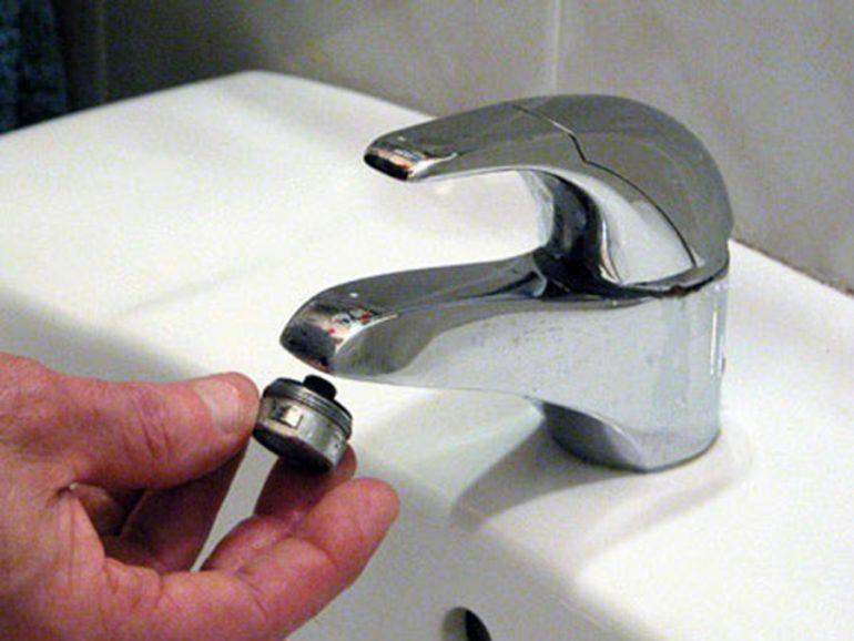 Reductor de caudal de agua en un grifo