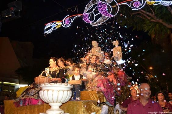 Cabalgata de carrozas de las fiestas Mare-de-Déu de Loreto de Jávea