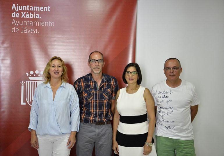 Presentación del campus solidario del Club Handbol Xàbia
