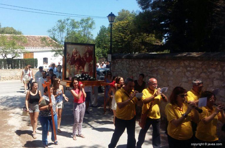 Momento de la procesión en el monasterio de los Ángeles