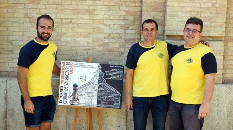 Jugadores del Club Escacs Xàbia en el Torneo de Valencia