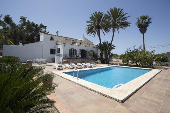 de221cf907efd Aguila Rent a Villa ofrece dos casas de alquiler para tus vacaciones ...