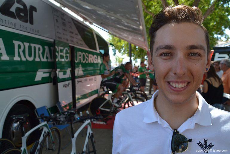 El ciclista xabiero Toni Molina