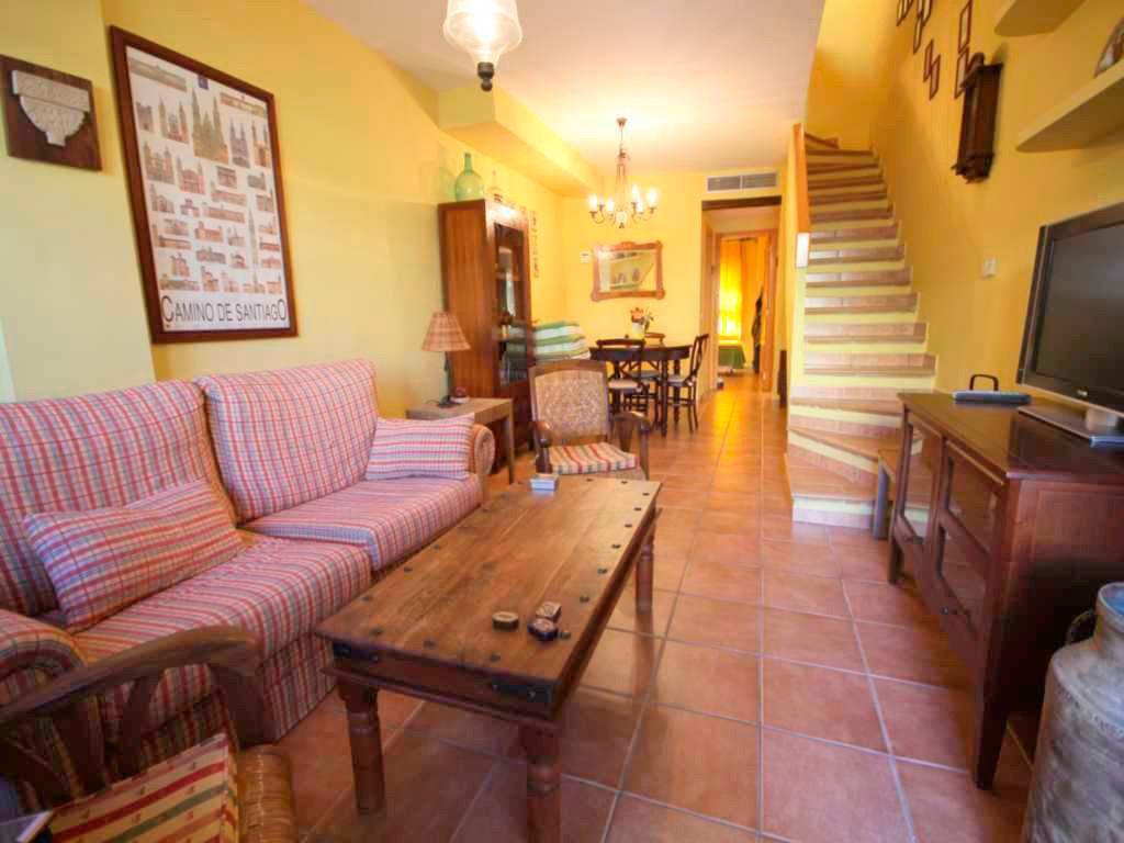 Sala de estar del apartamento duplex atina inmobiliaria - De salas inmobiliaria ...