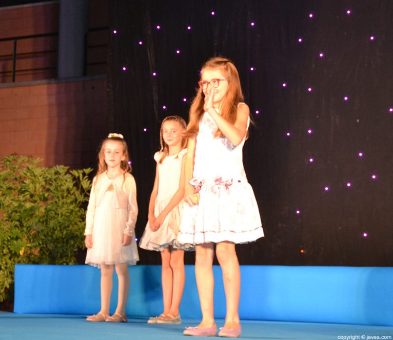 Esther Devesa, Reina Infantil Fogueres 2017