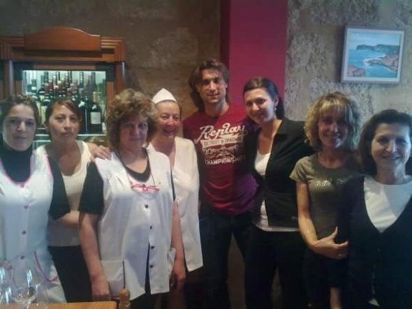 El tenista David Ferrer en el Restaurante Bahía