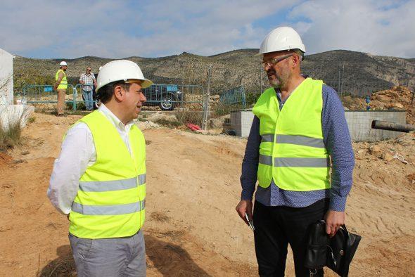 Obras de un nuevo pozo en Benitatxel