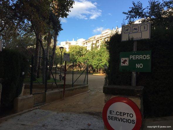 Zona de pipi can en los parques