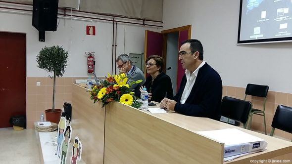Conferencias IES Antoni Llidó