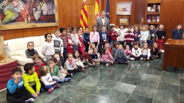 Alumnos Graüll visitan el Ayuntamiento