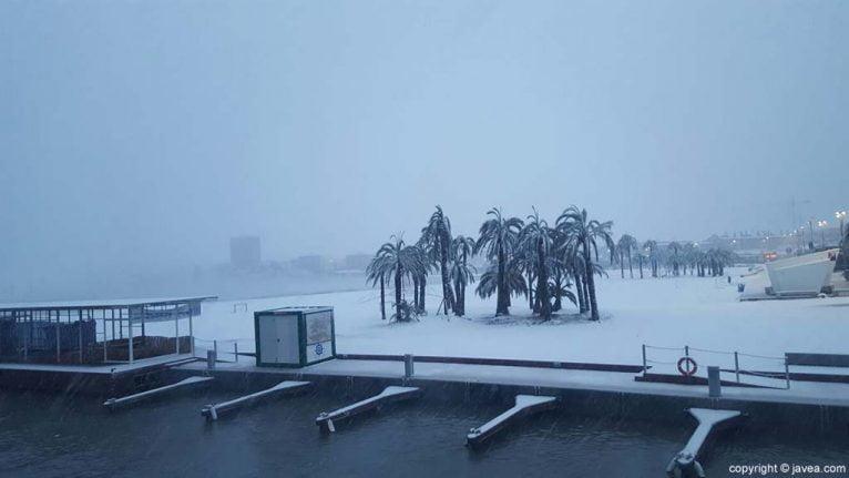 16 Nieve en Xàbia
