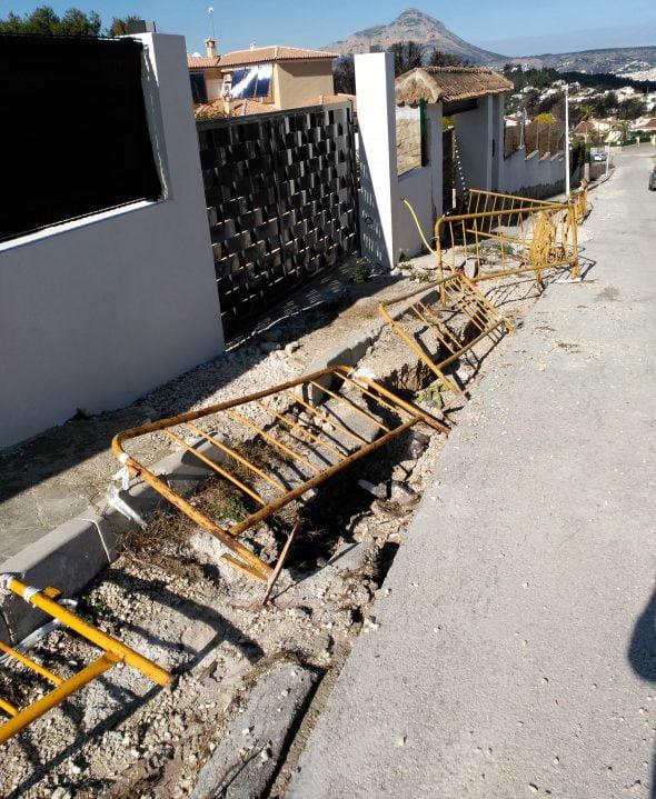 Vecinos de pinomar denuncian el mal estado de una de las - Busco trabajo en javea ...