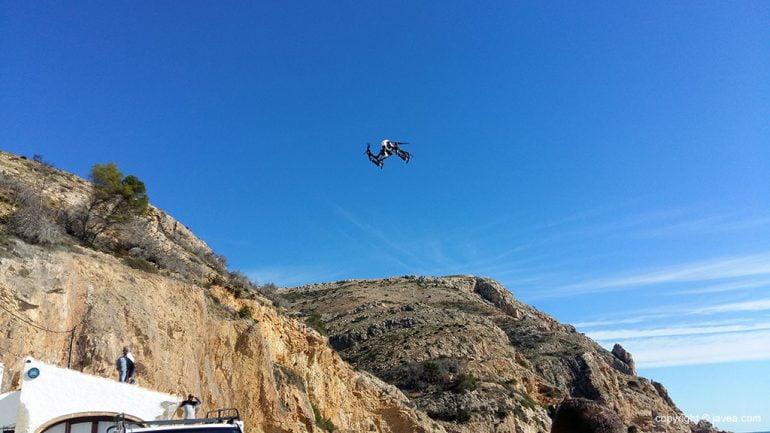 Dron para vigilancia de pesca furtiva