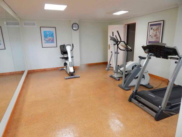 Cala blanca apartment available for sale in atina for Gimnasio javea