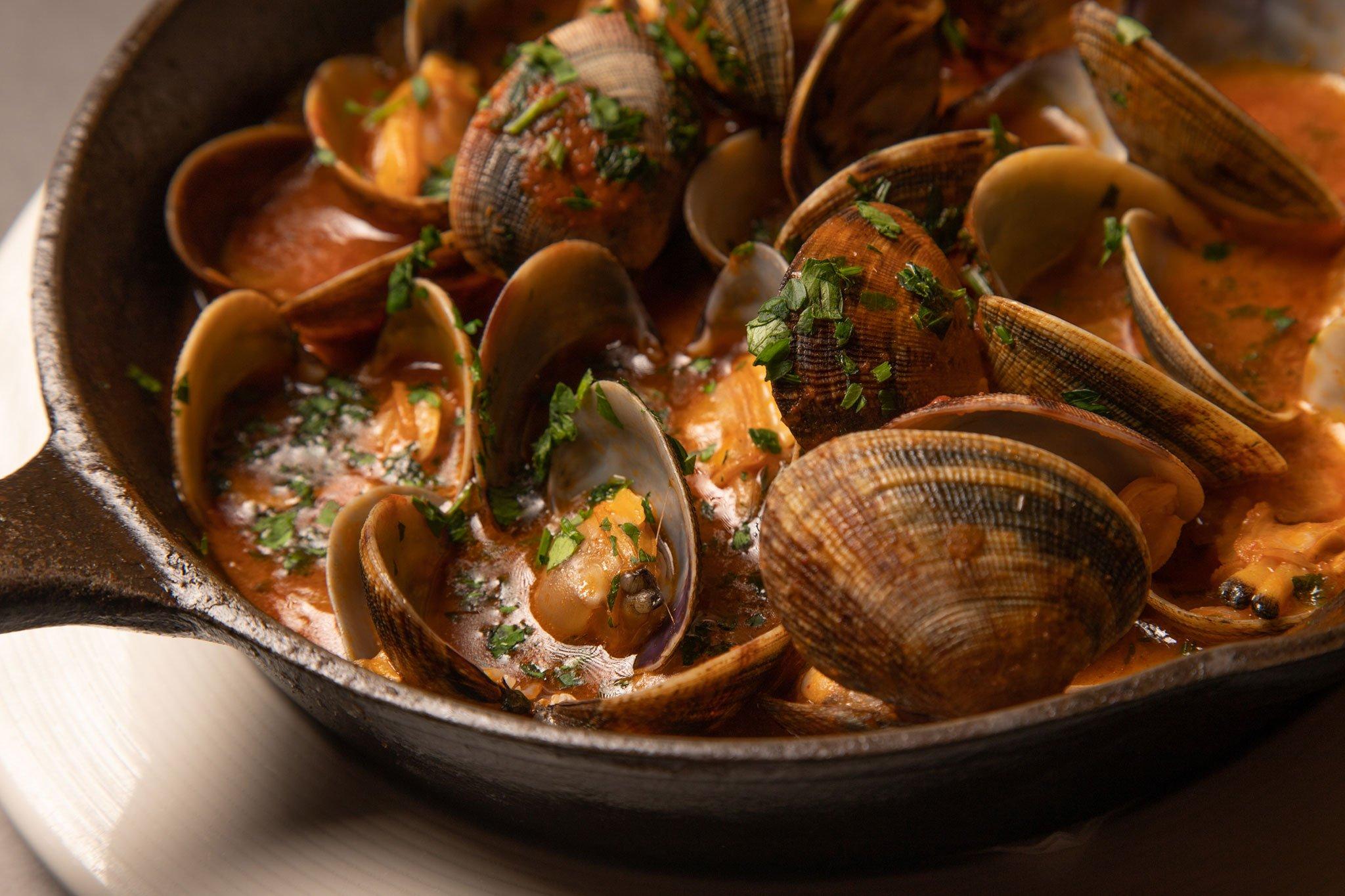 Cazuela de almejas – Restaurante La Fontana