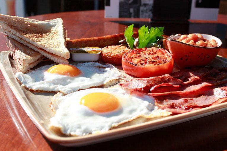 Desayuno completo Restaurante La Fontana