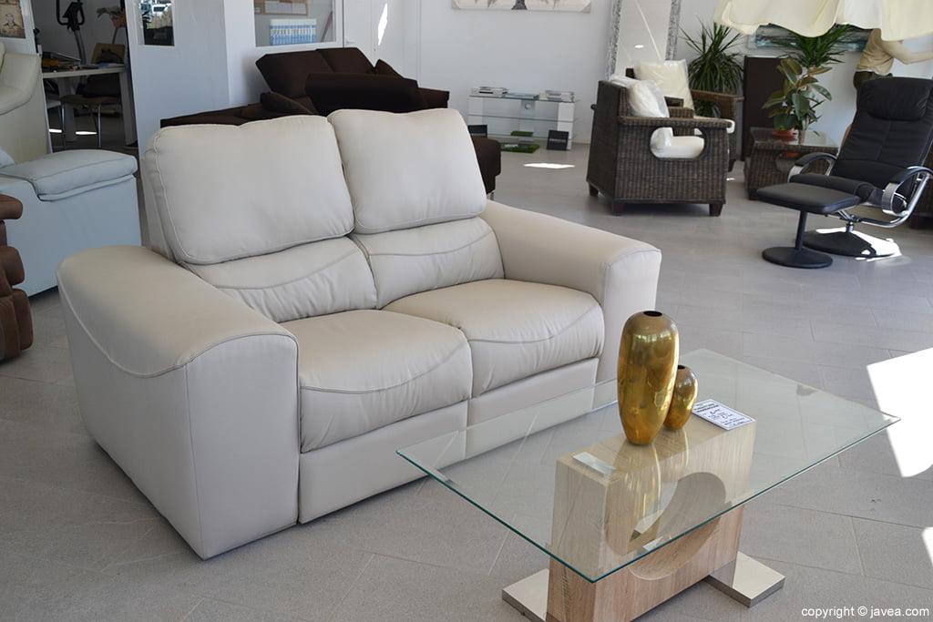 L 39 entrep t de meubles j x for Entrepot de meuble