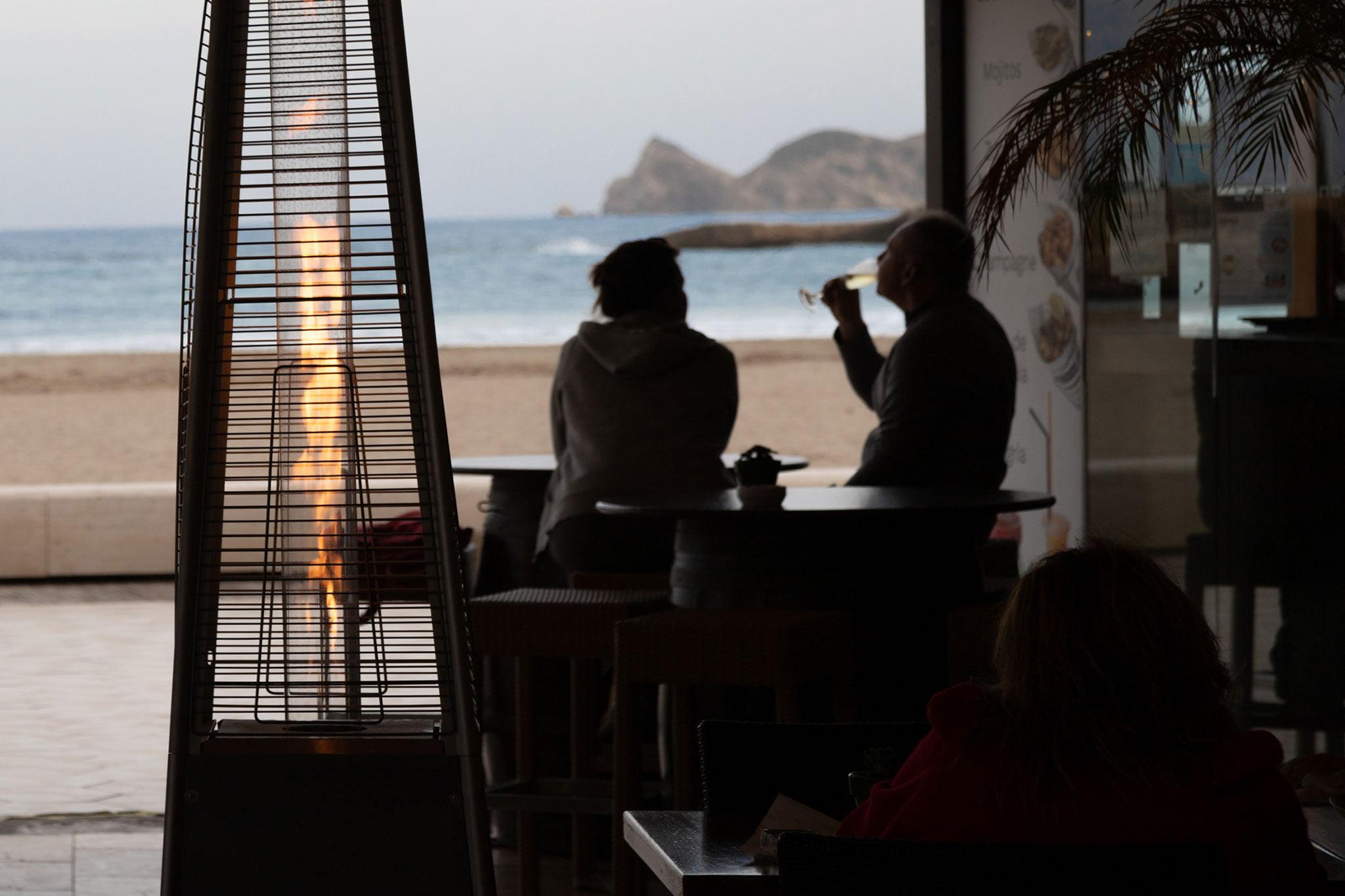 Tomar algo al lado del mar – Restaurante La Fontana