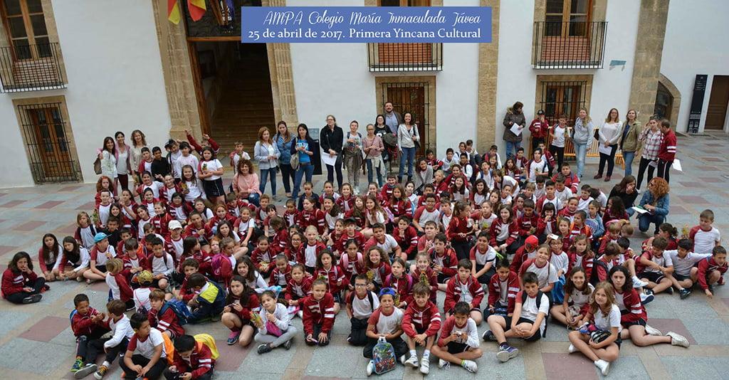 Alumnos del Colegio María Inmaculada en la Yincana