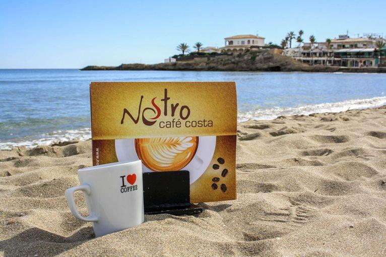 Café y playa Nostro Café Costa