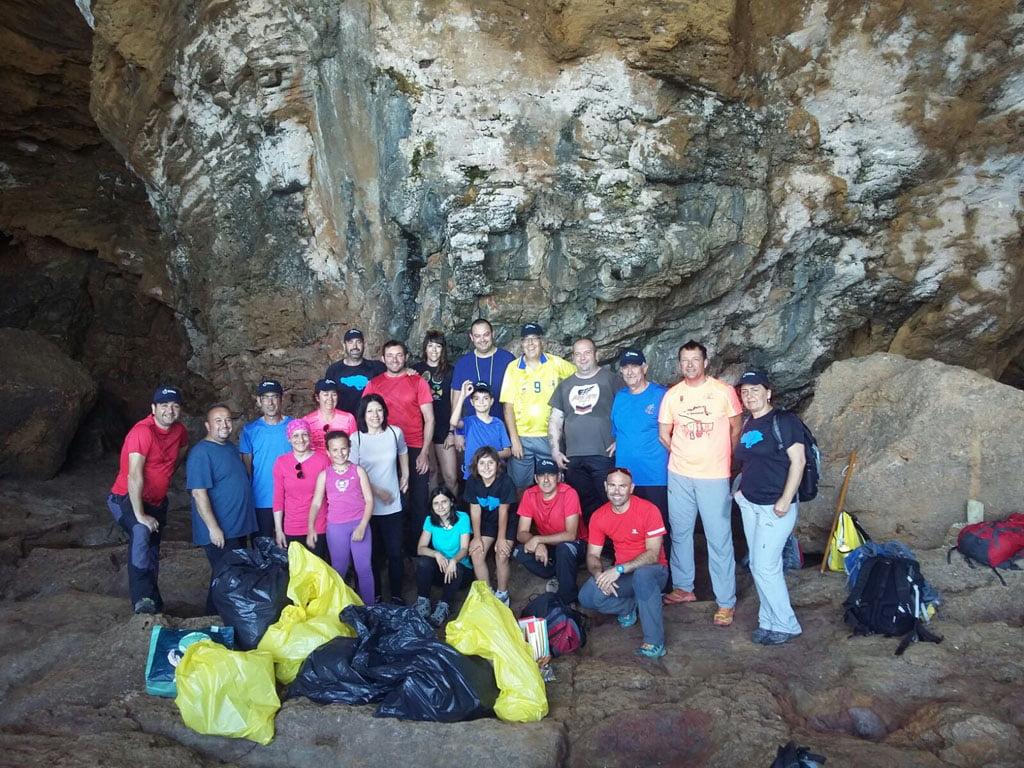 Jornada de limpieza marina – CEX en la Cova Tallada