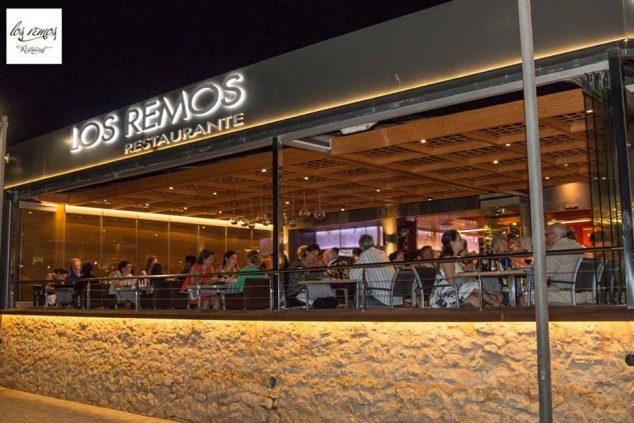 Imagen: Terraza nocturna Restaurante Los Remos Jávea