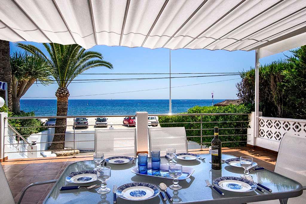 Huis aan het strand van Quality Rent a Villa
