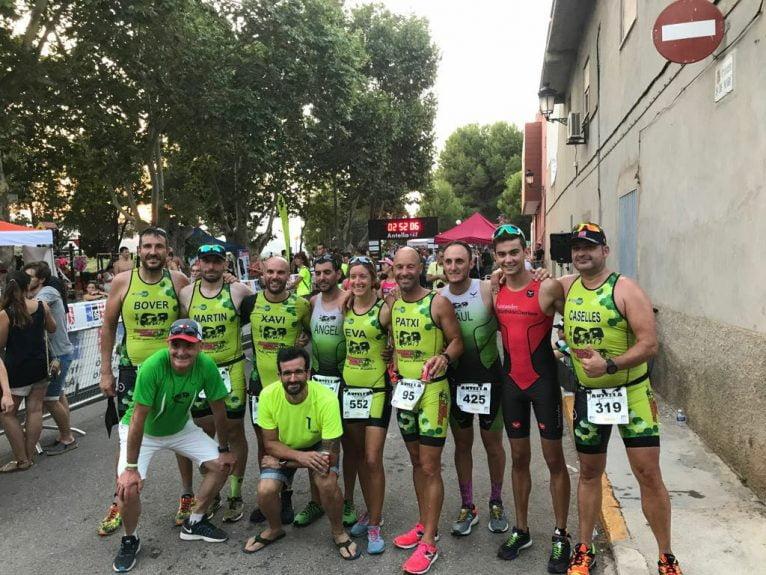 Triatletas xabieros en Antella