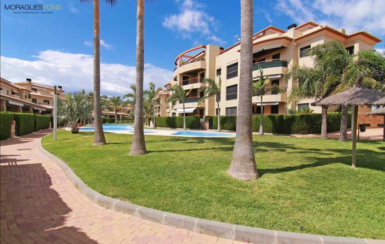 Jardin de la urbanización MORAGUESPONS Mediterranean Houses