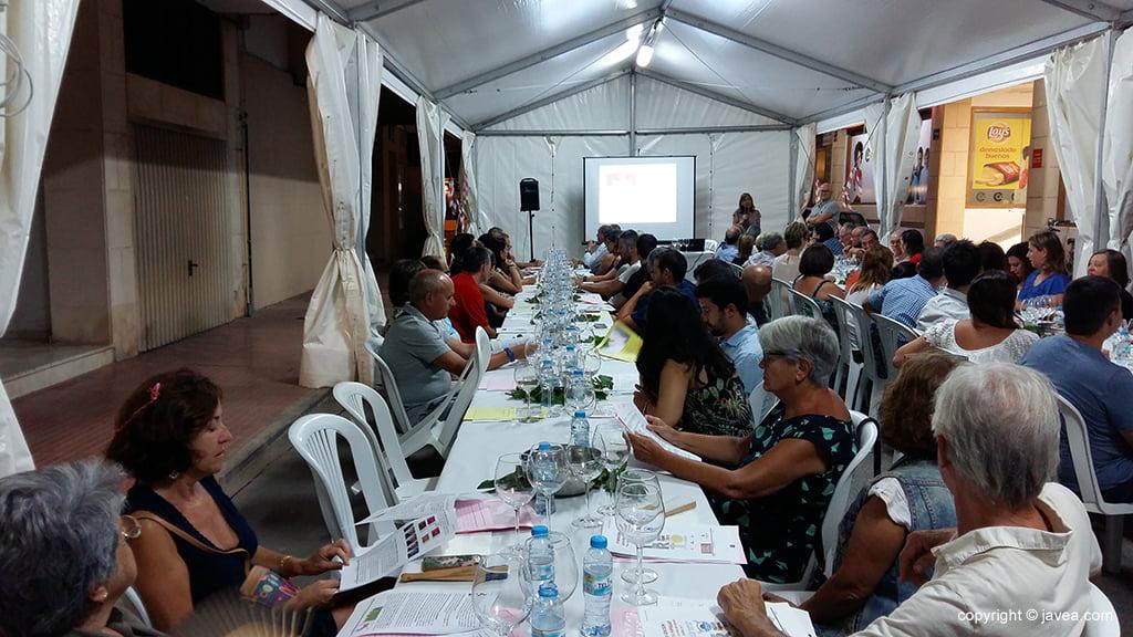 Participantes en la IV Cata de vino de las fiestas del Loreto