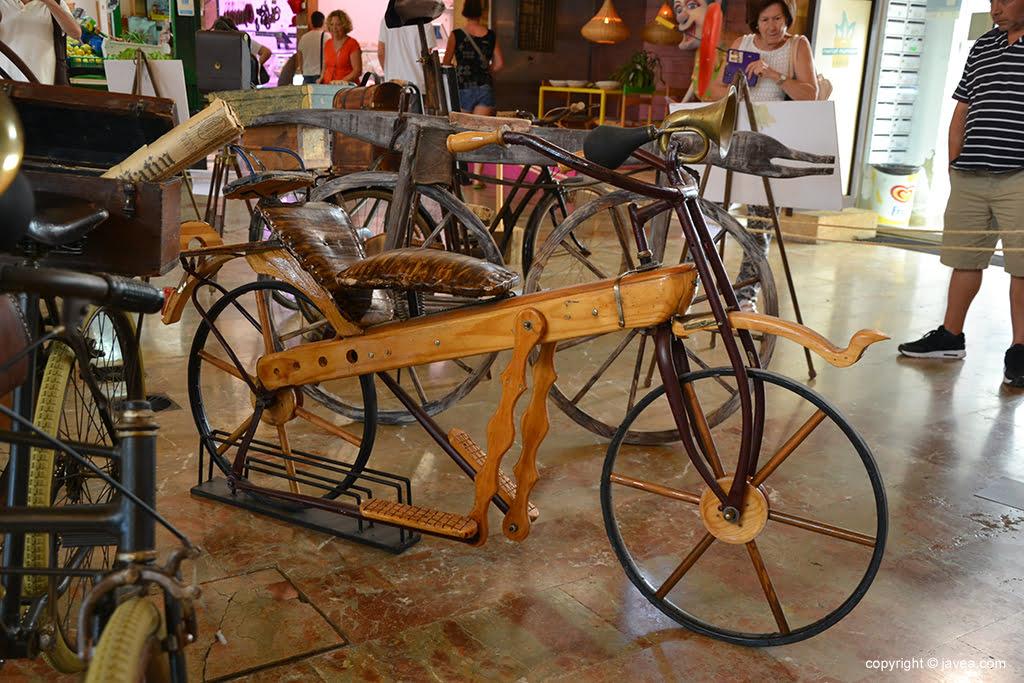 Exposición de bicis clásicas y antiguas (11)