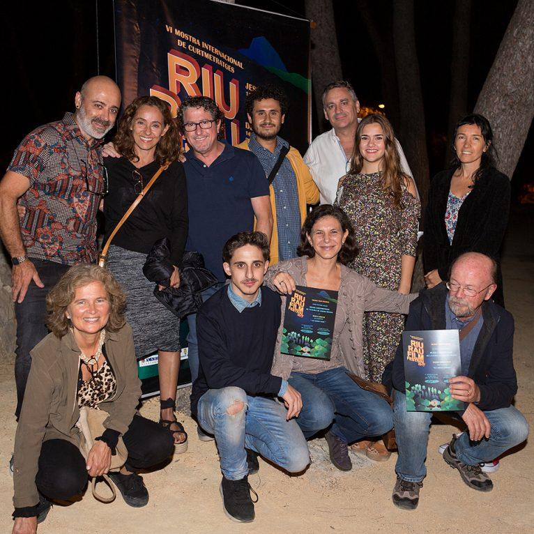 Los Ganadores del premio Escola de Cinema y su equipo